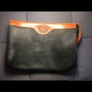 👔 Men's Dooney and Bourke Vintage Travel Zip Bag!